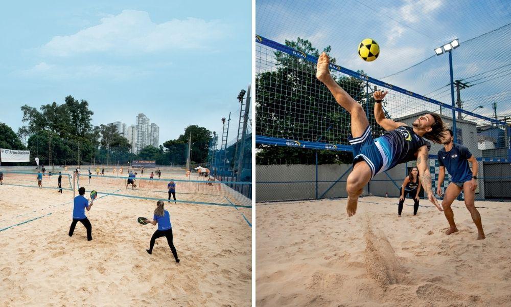 A imagem mostra uma montagem com duas fotos. À esquerda, uma visão por cima de várias quadras de beach tênis onde há algumas duplas jogando o esporte na areia. À direita, a foto pega o momento em que uma pessoa faz o movimento da bicicleta jogando futevolei, em uma quadra de areia do esporte.