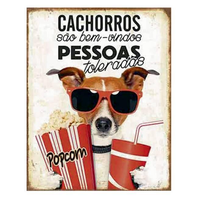 Um quadro de um cachorro de óculos, segurando pipoca e refrigerante com o escrito: