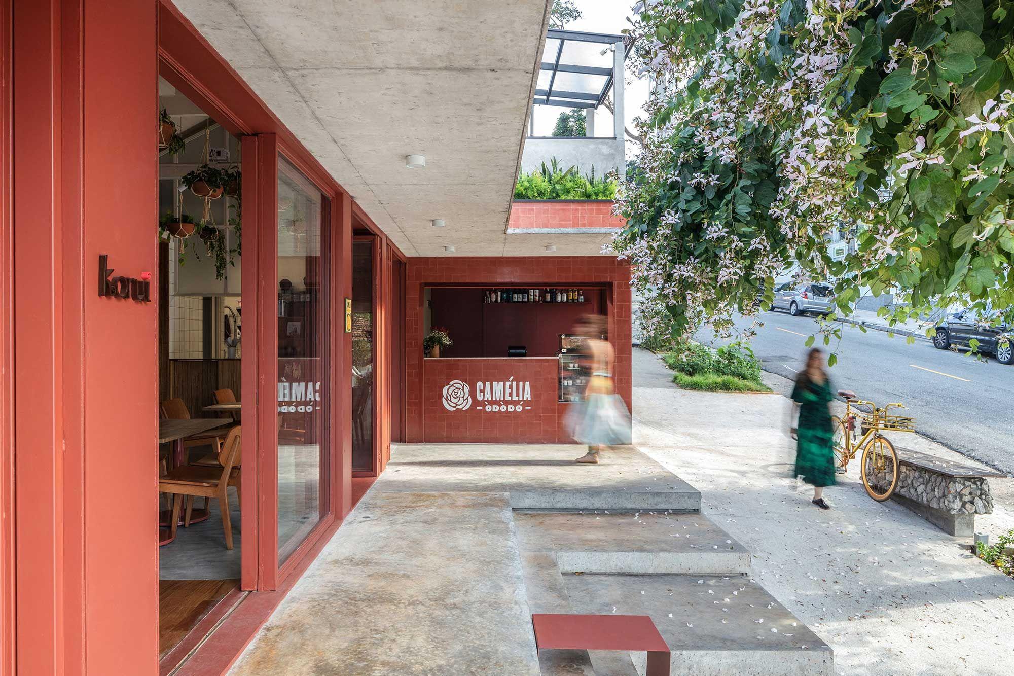 Restaurante Camélia Ódòdó da apresentadora Bela Gil tem projeto de VItrô Arquitetura.