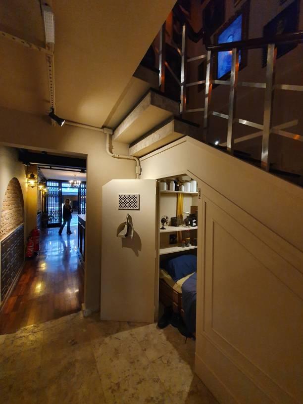 Por baixo das escadas: quarto do Potter