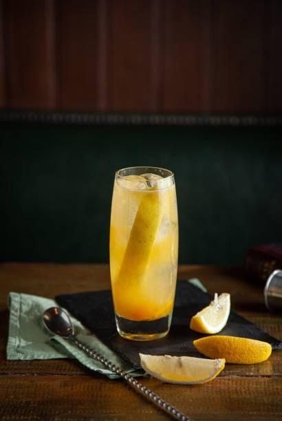 Pepper mango: drinque de vodca, geleia de manga picante e limão-siciliano