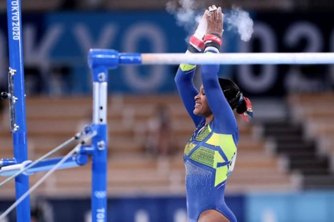 Rebeca Andrade conquista medalha de prata nos Jogos de Tóquio 2020