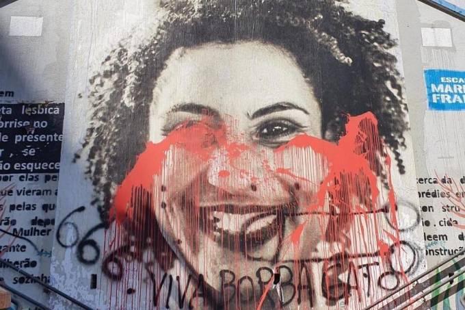 Painel de Marielle Franco é vandalizado