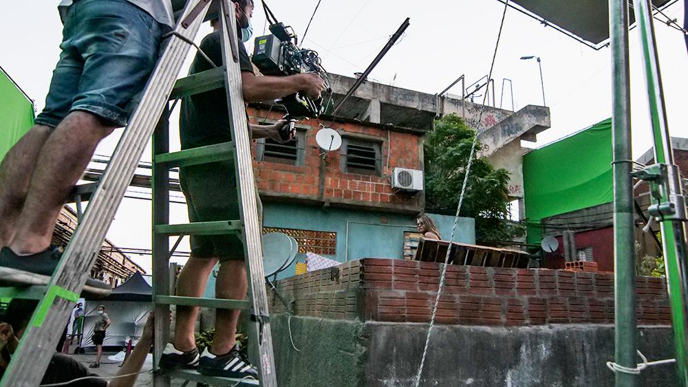 casas humildes de favela para imitar paraisópolis