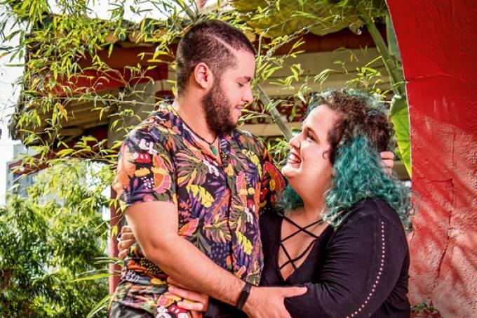 nosso-louco-amor-fernando-mayna-casal-drag-destaque