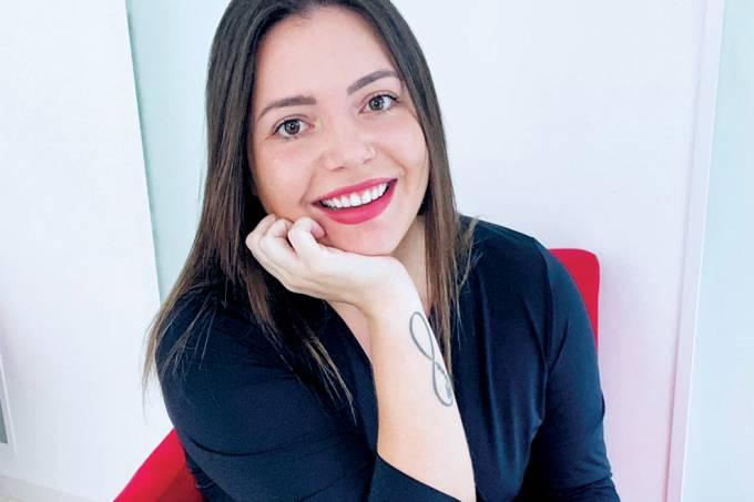 Stephanie Seitz, Cosméticos INTT(DIVULGAÇÃO)