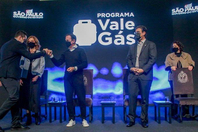 O governador João Doria durante coletiva de imprensa sobre a ampliação do programa Vale Gás