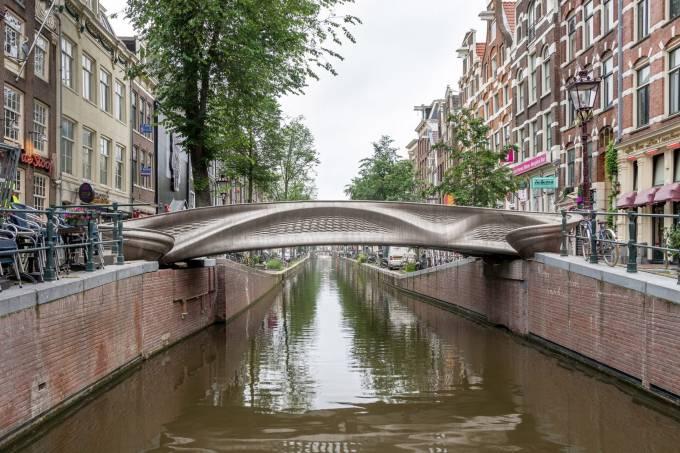ponte-amsterdam-3d-1