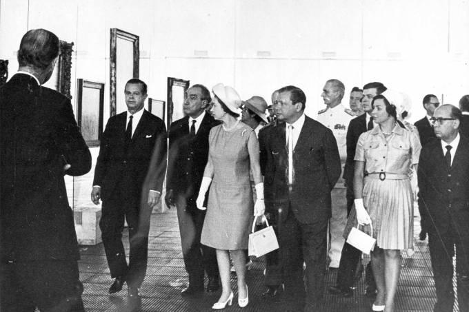 151 – 1968 – Inauguração MASP Av. Paulista I22