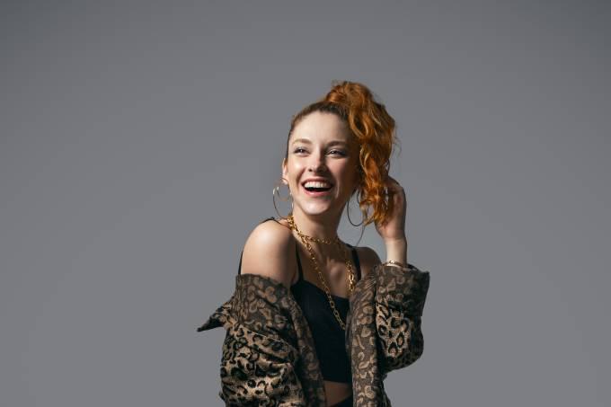 Gabriella-Di-Grecco-estrela-série-musical-miguel-falabella