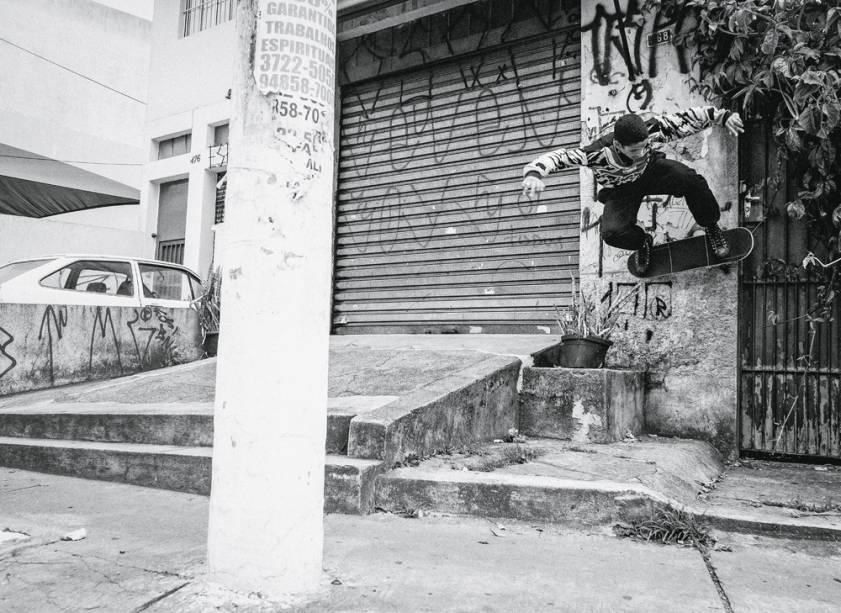 Felipe Oliveira nas paredes do Jardim Peri Peri, Zona Oeste