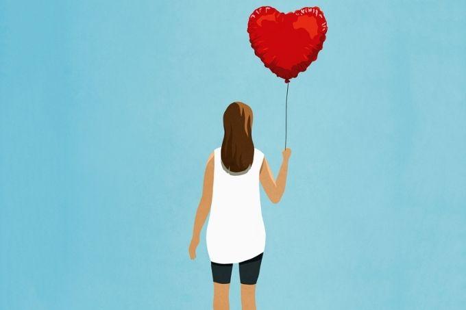 uma-carta-de-amor-aos-emocionados-gabie-fernandes-a-tal-felicidade-destaque-menina-balão-coração