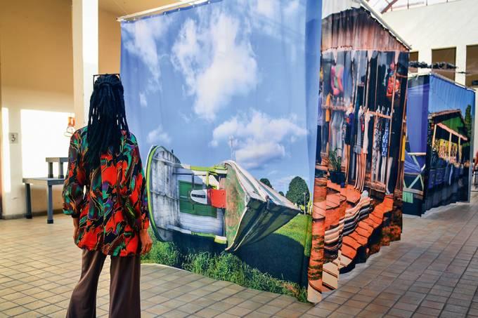 exposição-A-Terceira-Margem-Rochelle-Costi